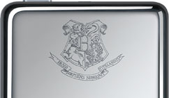 The laser etched Hogwart's logo.